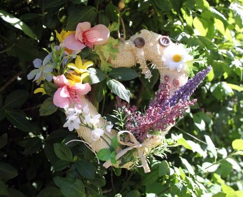 Věneček - srdce s květinami