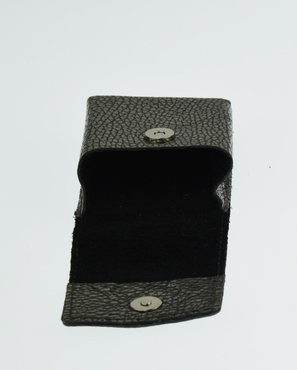 Kožené pouzdro na cigarety FACEBAG 7059 - Stříbrná