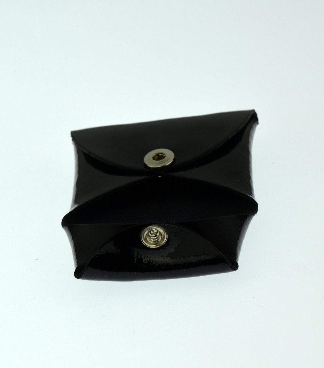 Kožený mincovník FACEBAG - Černá lak