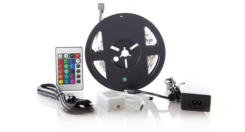 Světelný pás Solight LED - RGB, 3m, sada s 12V adaptérem a dálk. ovladačem, 7,2W/m, IP20 (barevný)