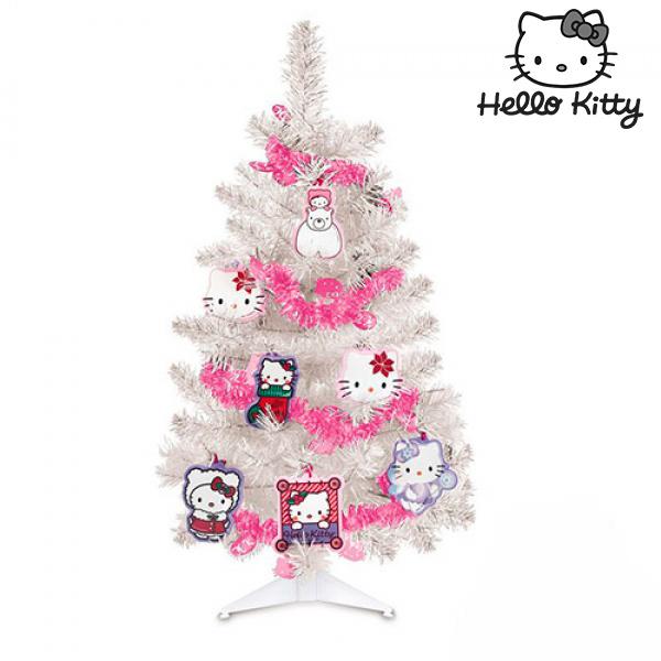 Vánoční stromeček s ozdobami Hello Kitty