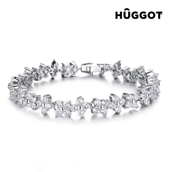 Komplet rodowany: Wisiorek i kolczyki Triangle Hûggot wysadzane kryształami Swarovski® (45 cm)