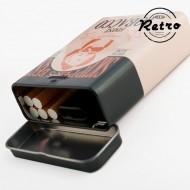 Retro Kovové Pouzdro na Cigarety