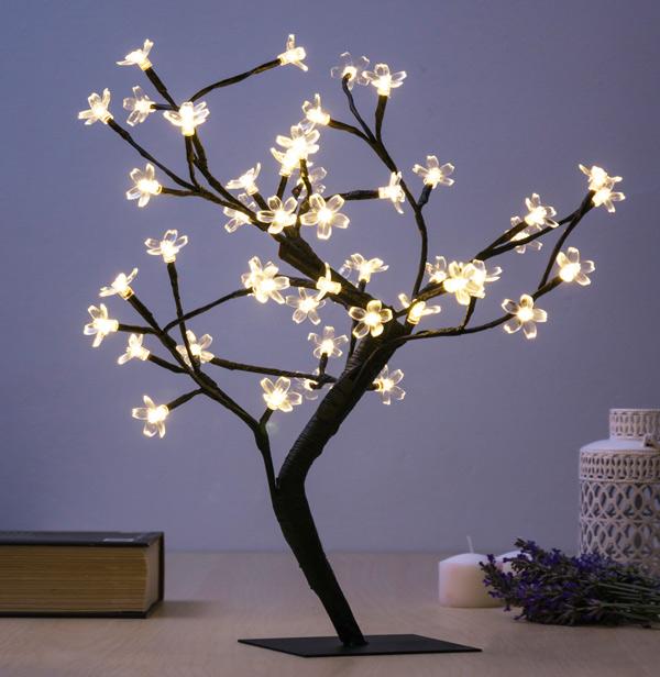 Dekorační Stromek s Kytičkami (48 LED)