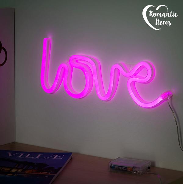 Neonowy Napis Love Romantic Items