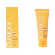 Krém na opalování na tvář Anti-wrinkle Clinique SPF 30 (50 ml)