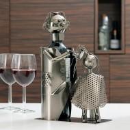 Kovový Stojan na Víno Holič so Zákazníkom
