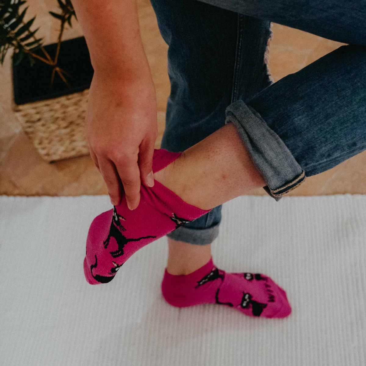 Ponožky - Kočka magenta nízké