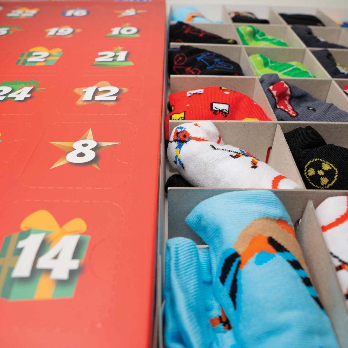Kalendář - 12 párů ponožek - pánský p3