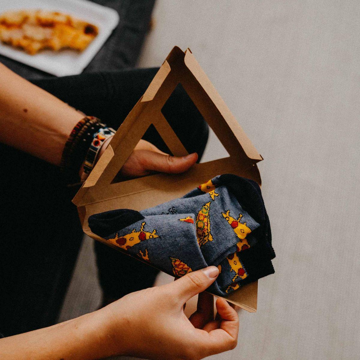 Ponožky - Pizza v dárkové krabičce p5