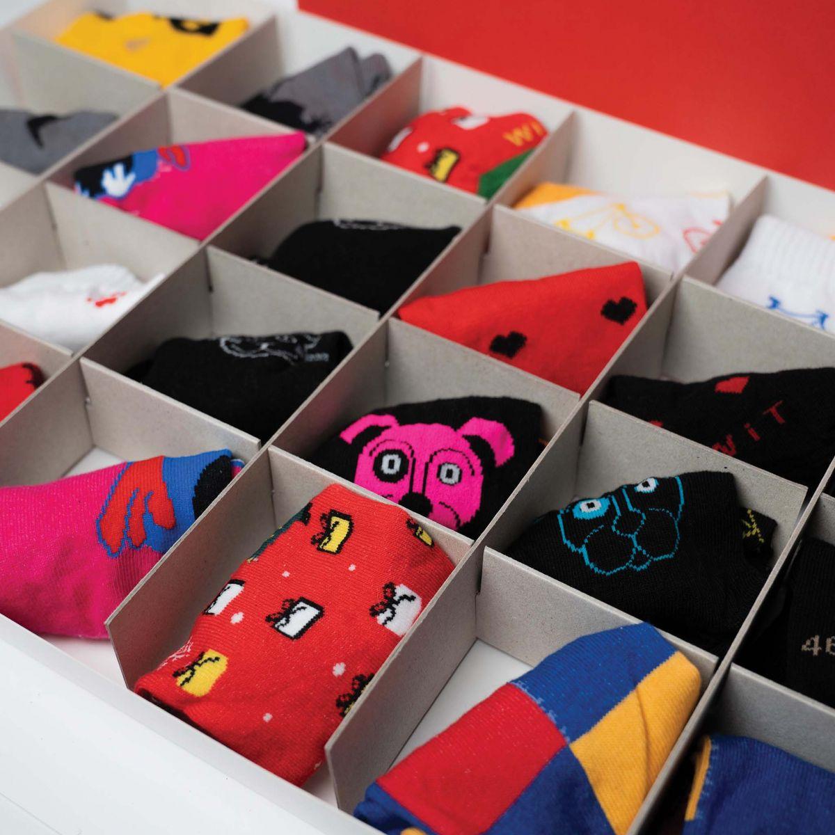 Kalendář - 12 párů ponožek - dámský p4