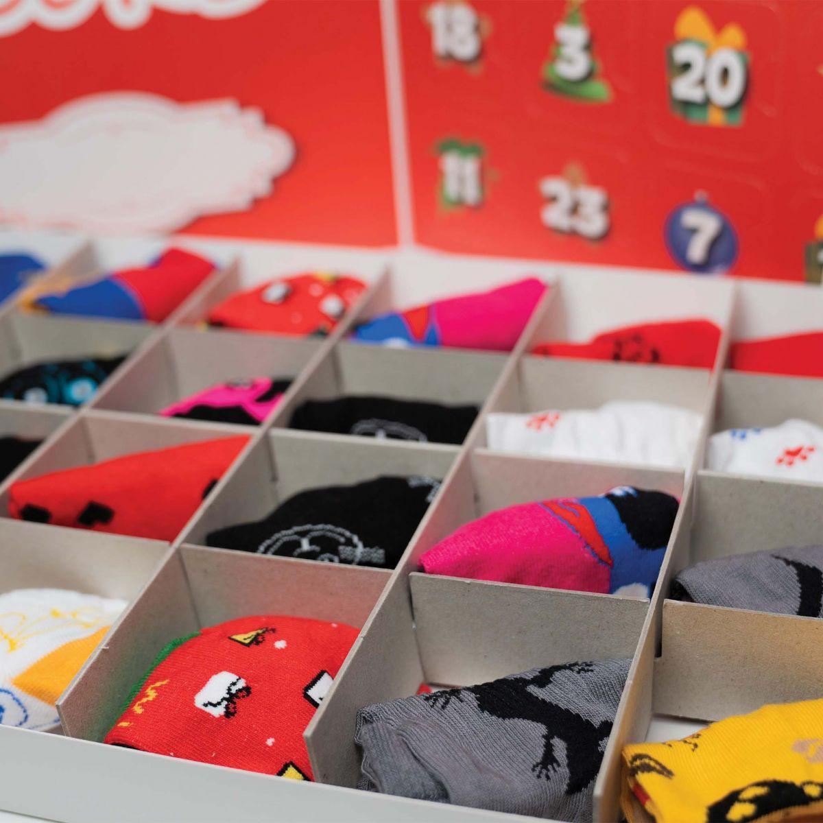 Kalendář - 12 párů ponožek - dámský p5