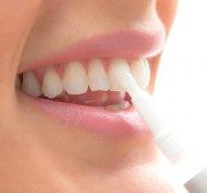 Tužka na bělení zubů InnovaGoods (2 Kusy)
