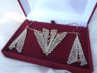 Set šipka zlatá (hnědá perlička)  - náhrdelník + náušnice