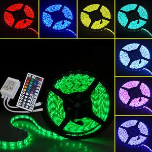 Různé barevné kombinace RGB LED pásku