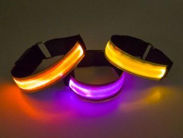 Zgardă cu LED pentru câine, mărimea XXS - galbena