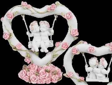 Soška andělé na houpačce