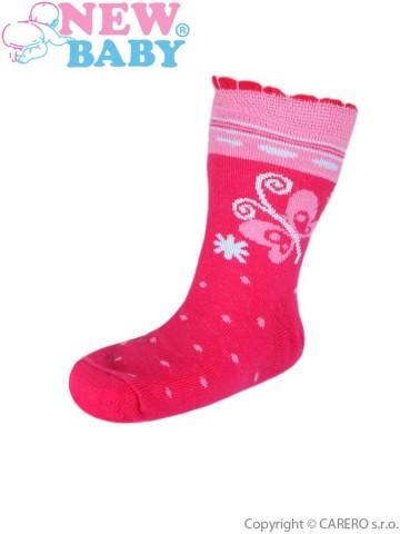 Detské bavlnené ponožky New Baby ružové s motýľom