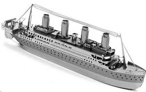 Titanic - összerakható fém modell