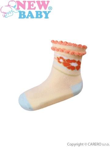 Dojčenské bavlnené ponožky New Baby žlté s kytičkou