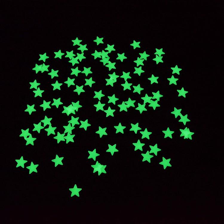 A csomag tartalma  100 db műanyag csillag 9edfbc455e