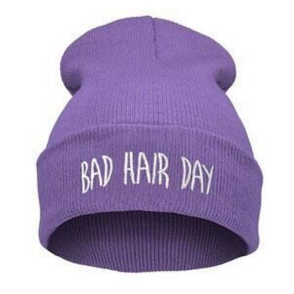 BAD HAIR DAY - Fialová + bílý nápis