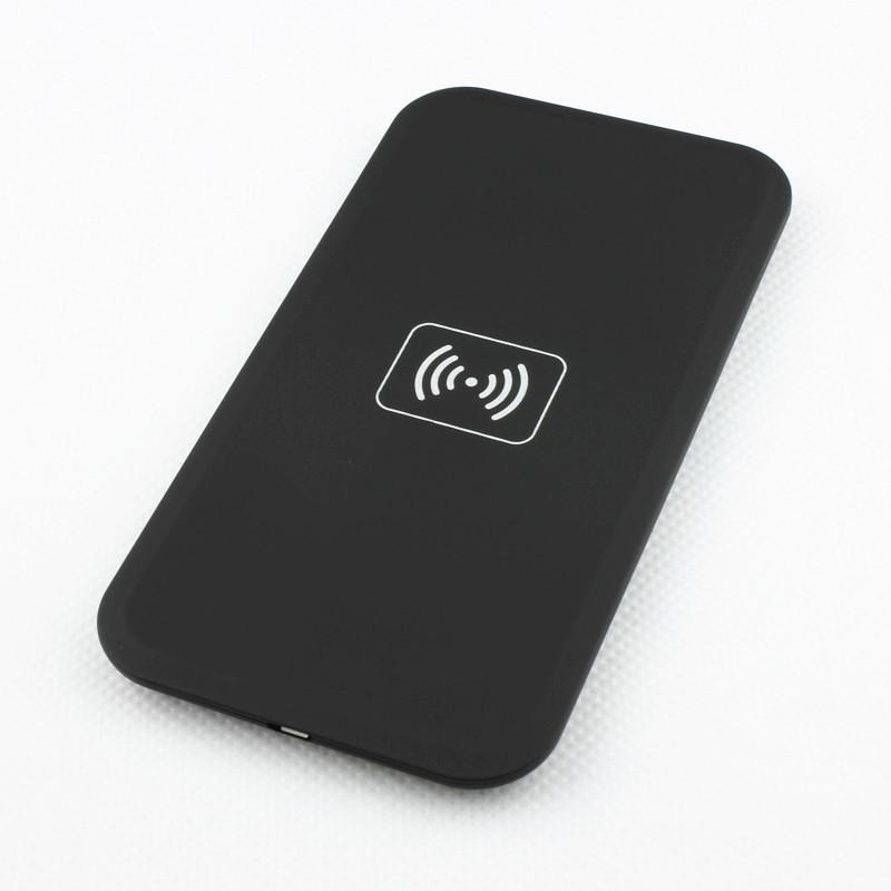Bezdrátová nabíječka Qi Compatible 2A MC-02A + micro USB kabel