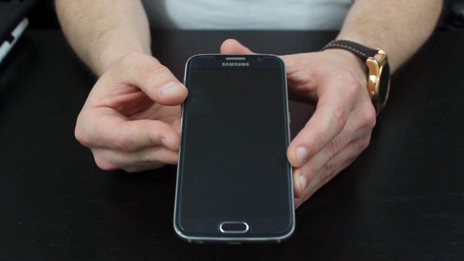 Ochranné tvrzené sklo na displej 9H pro Samsung Galaxy S6.