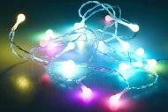 Svítící LED kuličky na baterie (210cm) 20 diod - Multi barevné