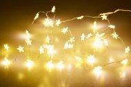 Svítící LED hvězdičky na baterie (205cm) 40 diod - Teplá bílá