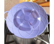 Silikonová nepřetékající poklička 20 cm - fialová